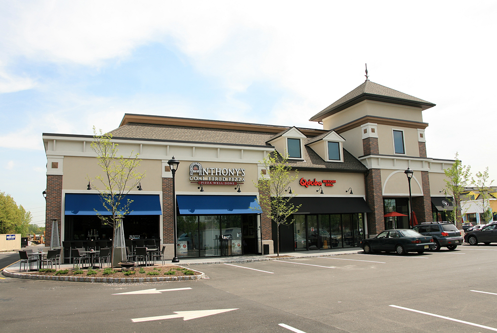 The-Promenade-Shopping-Center-Building-10